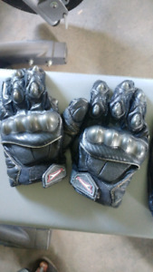 Motorcycle Gloves Teknic and Icon