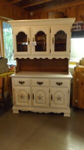 OLD WHITE HUTCH/BUFFET
