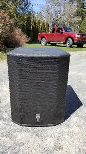 A pair of JBL PRX618XLF Powered subs