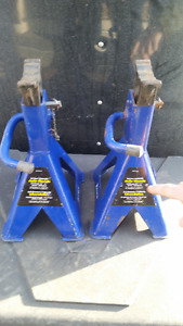 Pair Heavy Duty 3.5 Ton Jack Stands As Shown