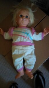 Baby Talk Doll, 1985 not sure works or not, sold as is