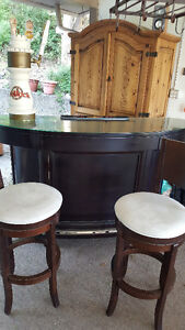 high end bar, and table, incl wine shelf