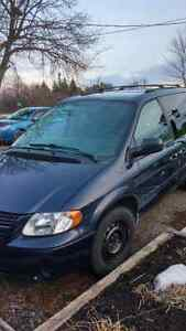 2006 Dodge Grand Caravan SXT Minivan, Van WHEEL CHAIR CONVERSION Kawartha Lakes Peterborough Area image 2