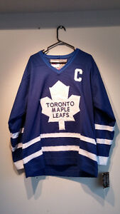 Authentic signed Wendel Clark jersey