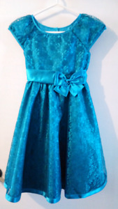 Turquoise dress for girls, size 8 / 10
