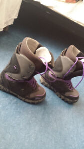 ThirtyTwo mens snowboard boots size 9.5