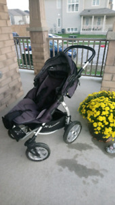 Great Stroller With Lots Of Essentials