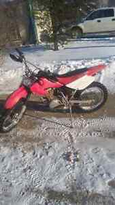 Honda xr100r dirt bike