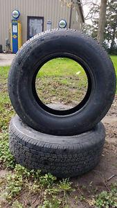 2 255/60R15 Tires