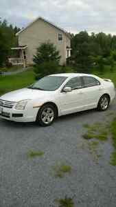 2006 Ford Fusion Sedan for parts
