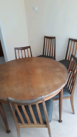 Round extendable G plan table and chairs