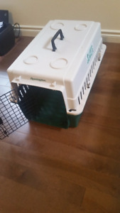 Medium dog kennel carry crate