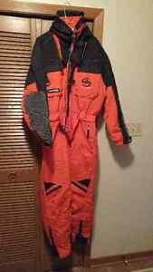 MENS LARGE DIADORA SKI SUIT - ONE PIECE