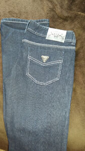 Various GUESS JEANS Windsor Region Ontario image 1