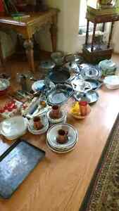 Assorted Pots ,Pans & Casserole Dishes