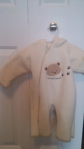 Size small baby snow suit $5