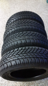 205/60R/16 GOODYEAR ULTRA GRIP WINTER TIRES VERY GOOD CONDITION