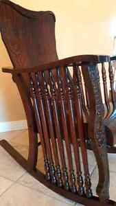 Antique Oak - 7 Spindle Rocking Chair Kitchener / Waterloo Kitchener Area image 4