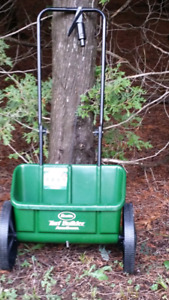 Scott's fertilizer drop spreader