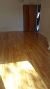 Renovated 5 1/2 to Rent/ A LOUER