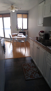 1 BEDROOM SUBLET MAY-SEPT Victoria Park Place