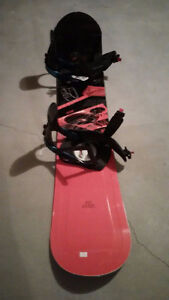 SNOWBOARD - HARDLY USED, PERFECT CONDITION
