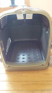 Medium Sized Pet Carrier West Island Greater Montréal image 2