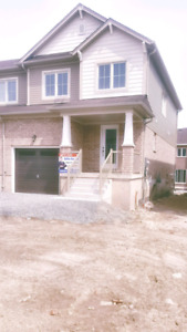 House for lease in Brantford $1700