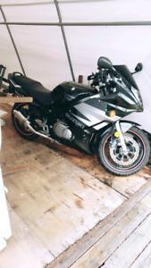 Suzuki gs500F in great condition!
