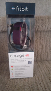 Fit bit charge hr purple size small