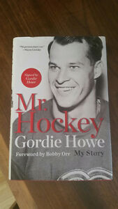 Autographed Gordie Howe Book forward by Bobby Orr Red Wings