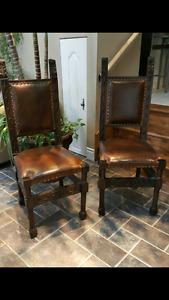 Chaises antiques en cuir véritable  (2)
