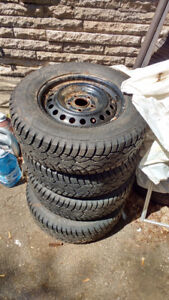 Winter tires and rims R15 205/70