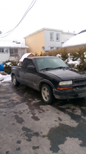 1999 Chevy S10       235'600 kms runs great sold as is