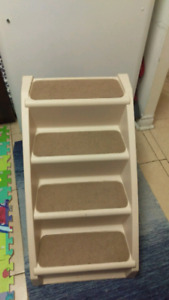 $55 - Pet stairs X-Large, Foldable, for Dogs or cats