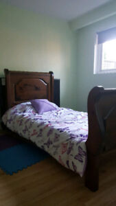 Solid Wood Twin bed for Sale in Mississauga - $100