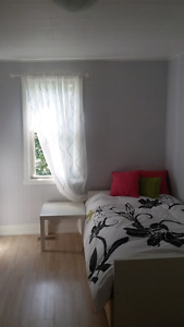 Fully furnished room! Perfect for student