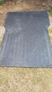 Rubber mat truck bed liner