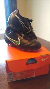 Nike Soccer Cleats, size 10