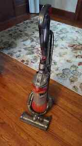 Gently Used DC 25 Dyson Upright Vacuum Cleaner