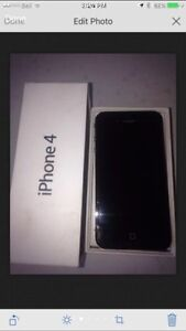 Used Apple Iphone 4 black 16 GB , very good condition ,