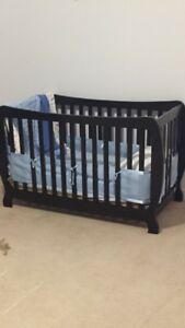 Stork Craft Monza II Fixed Side Convertible Crib