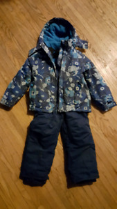 Girls size 5 Hot Paws Snowsuit