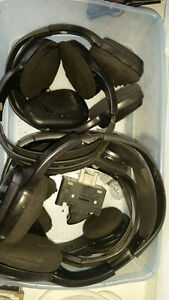 Wireless headsets for Pontiac DVD systems