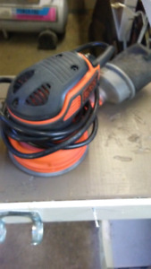 "Black/Decker 5"" Random Orbit Sander Like New! $25 firm!"