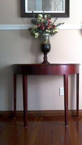 Magnifique  table console,d'appoint et d'entrée demi lune