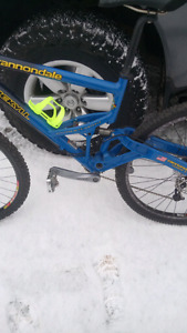 2001 Cannondale Jekyll team colour edition