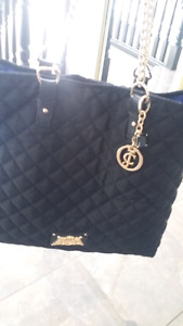 New juicy couture purse !!