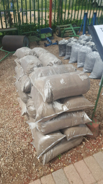 Topsoil in bags or delivered in Bulk