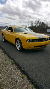 2010 Dodge Challenger SRT